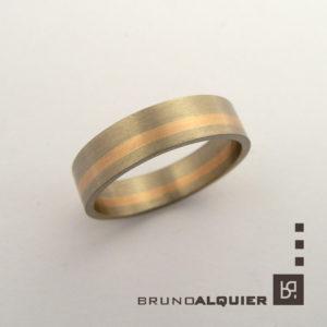 Bruno Alquier - Alliance en or gris palladié et or rouge brossé