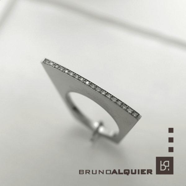 Bruno Alquier - Bague eventail en or blanc et diamants