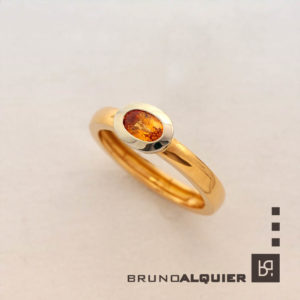 Bruno Alquier - Bague fancy saphir orange en or rose et blanc