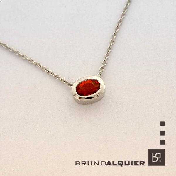 Bruno Alquier - Collier Fancy avec saphir or rouge en or blanc