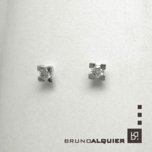 Bruno Alquier - Boucles d'oreille diamants en or blanc 4 griffes carrées
