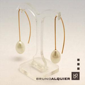 Bruno Alquier - Boucles navette en or rose et perles d'eau douce