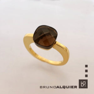 Bruno Alquier - Bague square quartz fumé en or jaune