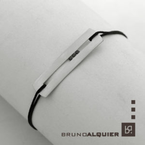 Bruno Alquier - Bracelet SILLON en or blanc mat et diamants noirs